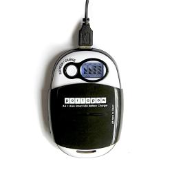 Inteligentní USB nabíječka AA/AAA baterií PortaPow PPS18